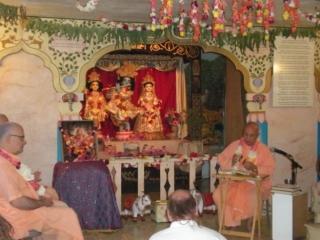 05-nrsimha-chaturdasi-soquel-ashram-2012