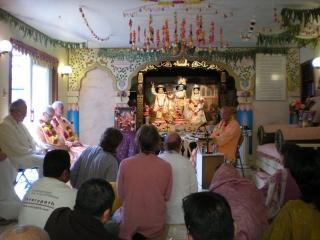 08-nrsimha-chaturdasi-soquel-ashram-2012