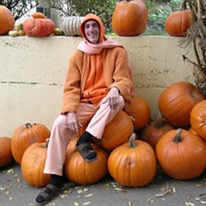 030-sadhu-pumpkin