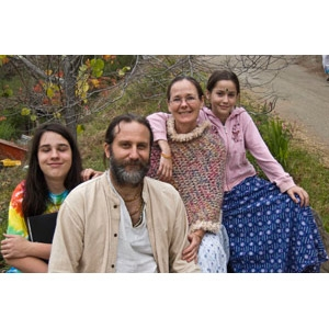 09-mathuranath-family