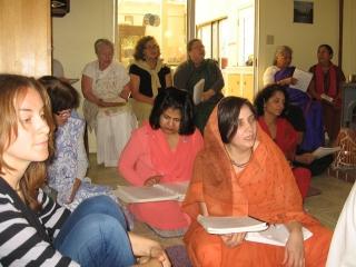 14-ashram-maharaj-sunday-feast