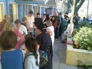 03-Thanksgiving at the Ashram