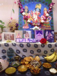 Sri Sri Guru Gauranga Gandharvika Giridhari jiu