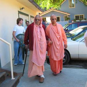 10-Srila Govinda Maharaj