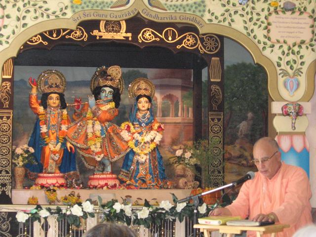 01-bhaktisiddhanta-appearance-2012