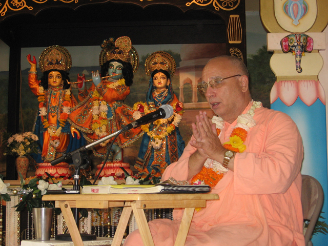 12-bhaktisiddhanta-appearance-2012