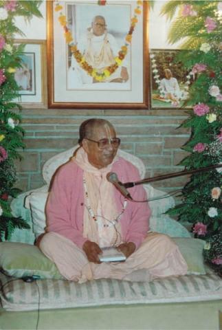 10-Govinda Maharaj