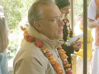 21-Srila Govinda Maharaj Disappearance Program in Soquel April 2012