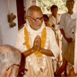Om Vishnupad Srila Bhakti Rakshak Sridhar Dev-Goswami Maharaj-014