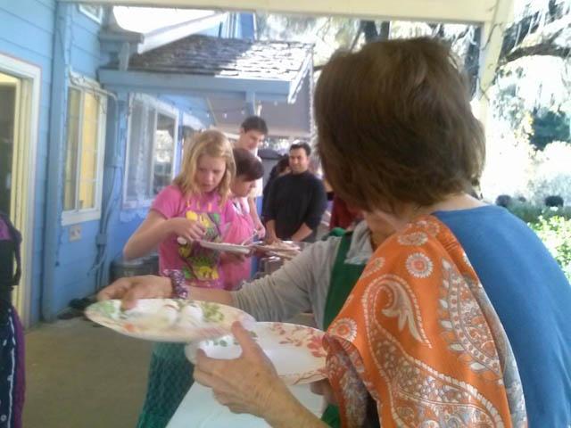 07-Thanksgiving at the Ashram